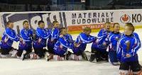 Złote i niezwyciężone Niedźwiadki! Sanoczanie Mistrzami Polski w Minihokeju na lodzie (ZDJĘCIA)