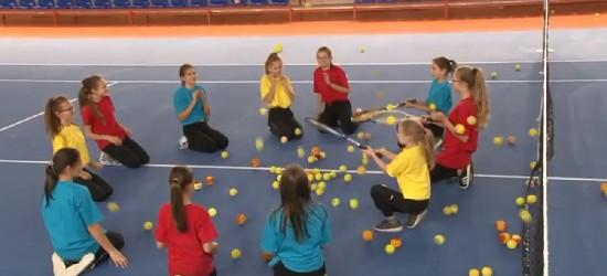ZAGÓRZ: Dzieciaki do rakiet! Pomożesz uczniom wygrać sprzęt sportowy?