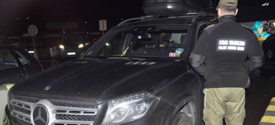 Kolejny rekord na granicy. Kradziony drogi mercedes zatrzymany (FOTO)