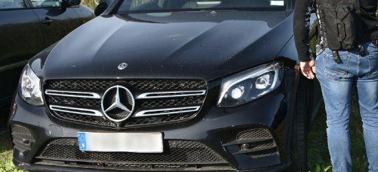 Strażnicy odzyskali skradzionego Mercedesa za 200 tys. zł (FOTO)