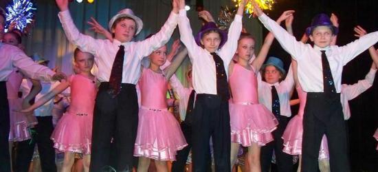 Trzy pokolenia tancerzy na scenie sanockiego SDK-u (ZDJĘCIA)