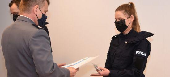 Nowi policjanci w sanockiej komendzie. Złożyli ślubowanie (ZDJĘCIA)