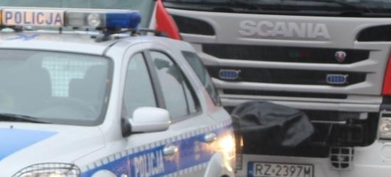 """""""Telefon – Pasy"""" policyjne działania na drogach"""