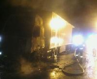 BRZOZÓW24.PL: Tir w płomieniach. Zawiniła instalacja (ZDJĘCIA)