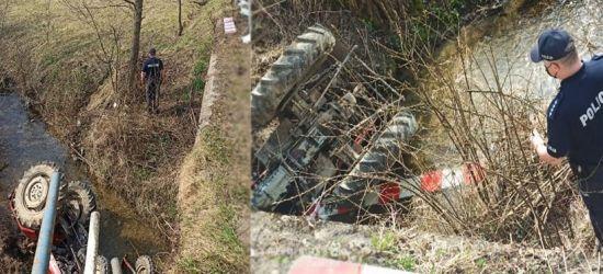 Tragedia pod Dynowem! Zginął 50-latek kierujący ciągnikiem (FOTO)