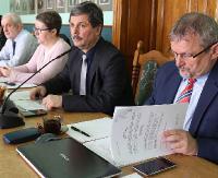 O podgrzewanym lustrze i odszkodowaniach za tereny wykupione pod obwodnicę w wolnych wnioskach (FILM)