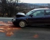 Dwie osobówki zderzyły się na Lipińskiego. Pasażerka audi trafiła do szpitala (ZDJĘCIA)