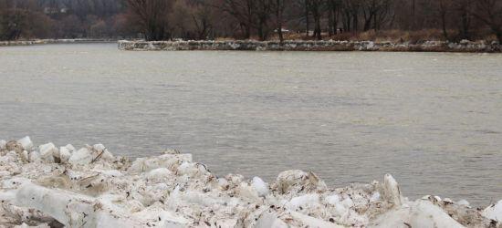 IMGW prognozuje roztopy. Strażacy sprawdzili sprzęt na wypadek powodzi