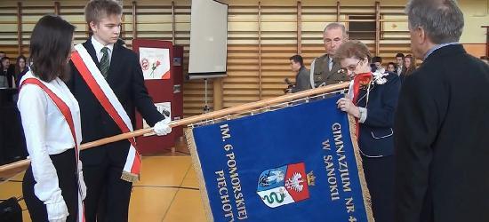 Patriotyzm na pierwszym miejscu! Uroczystości w Gimnazjum nr 4 w Sanoku (FILM, ZDJĘCIA)