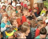 """""""Statystycznie dzieci rodzi się mniej, a tymczasem miejsc w przedszkolach brakuje"""". Sanockie placówki pękają w szwach"""
