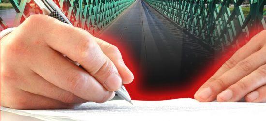 Komisja Rewizyjna zajęła się tzw. porozumieniem mostowym. Dziwny opór w sprawie dokumentów