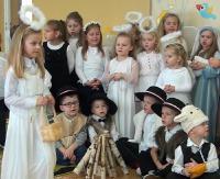 """SANOCKA AKCJA ŚPIEWANIA KOLĘD: Przedszkole w Pakoszówce """"Ukazał nam się anioł"""""""