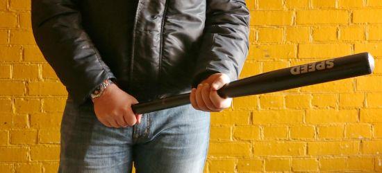ROZBÓJ: Jeden sprawca w areszcie, drugi uciekł za granicę