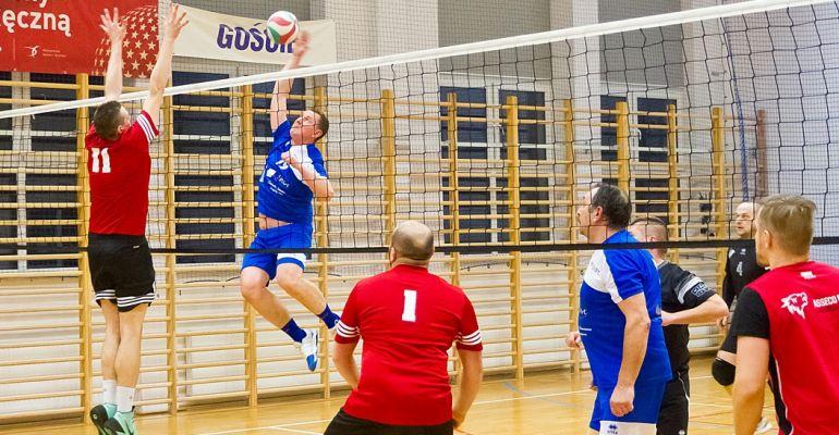 Sanocka Liga Siatkówki. TSV goni Vivio (ZDJĘCIA)