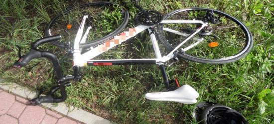 BRZOZÓW: 18-letnia rowerzystka potrącona przez osobówkę (ZDJĘCIE)