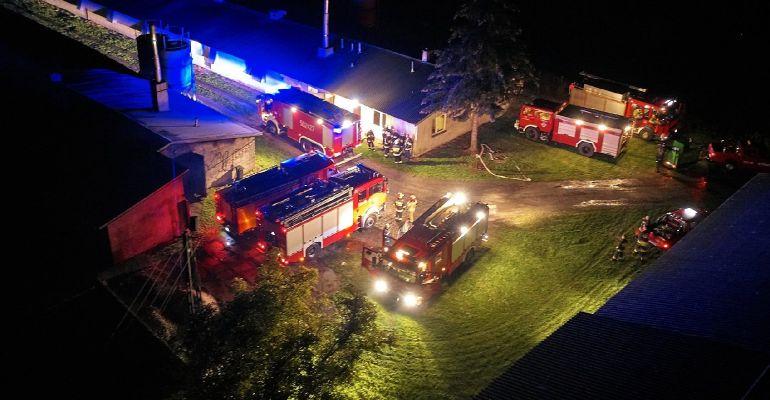 PODKARPACIE: Pożar na fermie drobiu. Spłonęło 7000 indyków (FOTO)