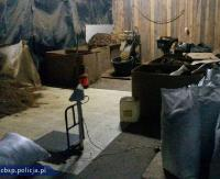 PODKARPACIE: Rozbita międzynarodowa grupa przestępcza produkująca i przemycająca papierosy