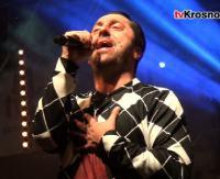 """IWONICZ: Tysiące osób bawiło się na koncercie """"Boys"""". Gwiazda wieczoru oczarowała publiczność (RELACJA VIDEO, ZDJĘCIA)"""