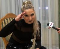"""CLEO WYWIAD: """"Na scenie spełniam swoje marzenia"""". Wywiad z popularną piosenkarką (FILM)"""
