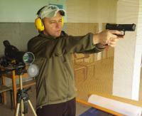 Dobre oko, celny strzał i fantastyczna integracja. Sanoccy pedagodzy zmierzyli się na strzelnicy (ZDJĘCIA)