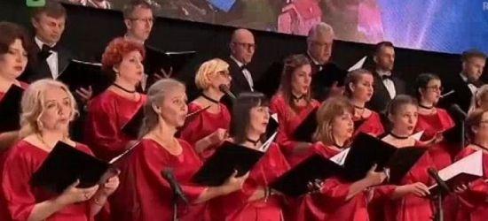 Śpiew to przygoda życia! Kto chciałby ją rozpocząć? (VIDEO)