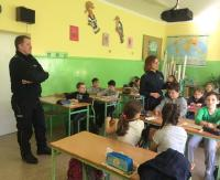 Spotkania z policją w szkołach z terenu powiatu sanockiego (ZDJĘCIA)