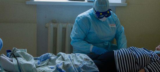Coraz więcej chorych na COVID-19 w sanockim szpitalu. Na 217 łóżek blisko 200 zajętych