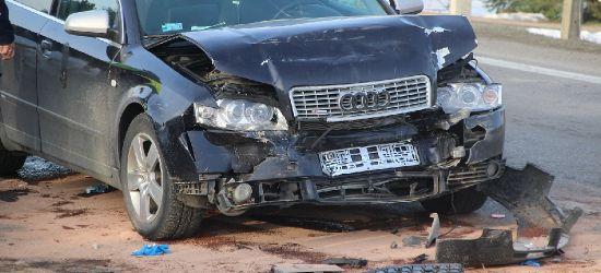 Wypadek w Grabownicy. Kierowca zabrany śmigłowcem do szpitala (ZDJĘCIA)