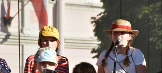 ZAGÓRZ24.pl : Bal karnawałowy w szkole podstawowej na Nowym Zagórzu (ZDJĘCIA i FILM)