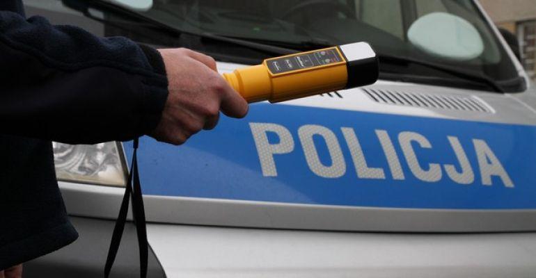 POWIAT SANOCKI: Kompletnie pijany 39-latek jechał po… kiełbasę