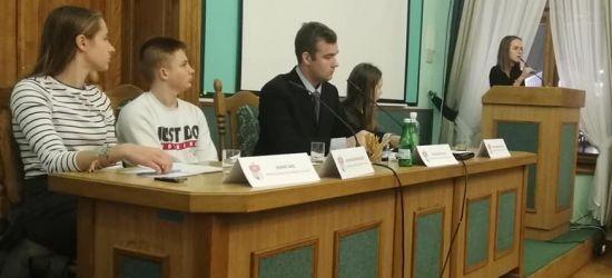 5 LUTEGO: Sesja Młodzieżowej Rady Miasta Sanoka