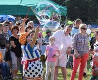 Radośnie, kolorowo i rodzinnie podczas Wielkiego Pikniku z Fundacją Czas Nadziei. Zbierano pieniądze dla Maksia (FILM, ZDJĘCIA)