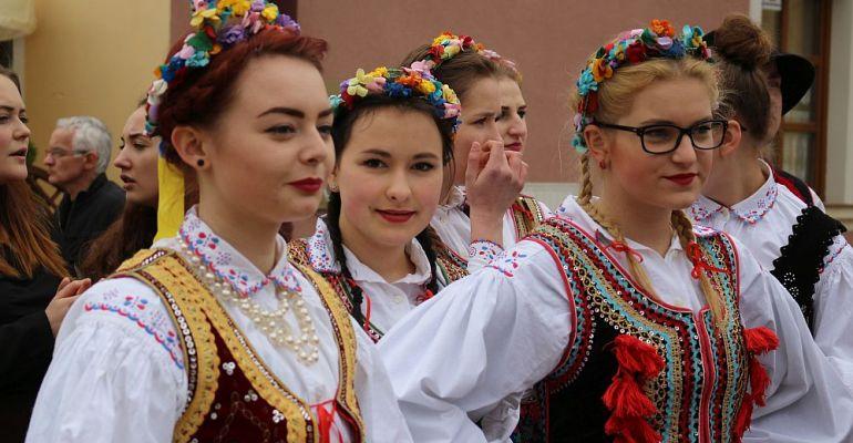 SANOK: Młodzieżowa Parada Niepodległości. W czwartek na rynku. SPRAWDŹ