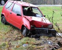 Cinquecento w rowie. Kierowca osobówki cały i zdrowy odnaleziony w… domu (ZDJĘCIA)