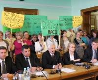 Awantura na sesji Rady Powiatu. Nauczyciele kontra starosta (ZOBACZ VIDEO i zdjęcia)