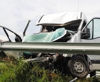 BRZOZÓW24.PL: Zderzenie busów. Jedna osoba nie żyje, trzy są ranne (ZDJĘCIA)