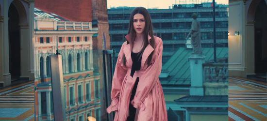 Nowa piosenka jaślanki Roksany Węgiel. Klip obejrzało już prawie milion osób! (WIDEO)
