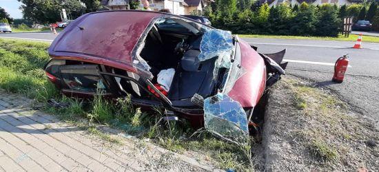 HUMNISKA: Uderzył w betonowy przepust. Ranne dziecko (ZDJĘCIA)