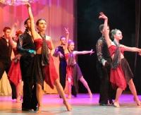 """Wyjątkowy koncert formacji """"Flamenco"""". Na scenie SDK 85 tancerzy w przedziale wiekowym 9-43 (ZDJĘCIA)"""
