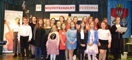 SANOK: Międzyszkolny Festiwal Piosenki Polskiej. Kto zaśpiewał najpiękniej? (FOTO)