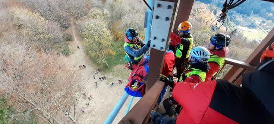 BIESZCZADY: Szkolenie GOPR-owców z zakresu ewakuacji (FOTO)