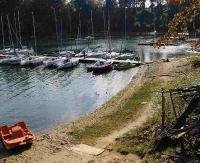 GMINA SOLINA: Radny przypiera wójta do muru za wodę, szamba i stan jeziora