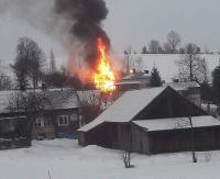 JABŁONKA: Wielki ogień i wybuchy. 50 strażaków walczyło z pożarem (ZDJĘCIA, FILM)