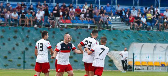 Pewne zwycięstwo WIKI. Ładny gol 16-latka (ZDJĘCIA)