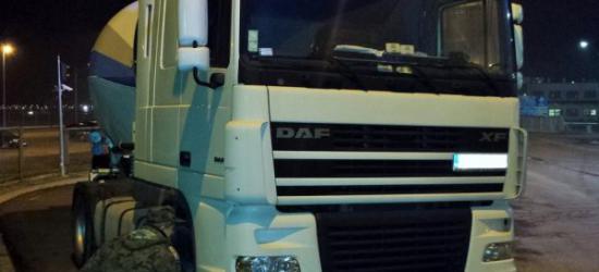 Kradziony samochód ciężarowy za ok. 40 tysięcy ujawniony na przejściu granicznym