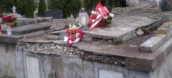 Ruszają prace konserwatorskie przy zabytkowym grobowcu Franciszka Löwy (FOTO)