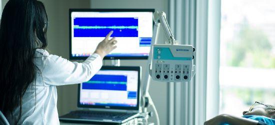 Sprzęt medyczny i samochód transportowy dla sanockiego szpitala