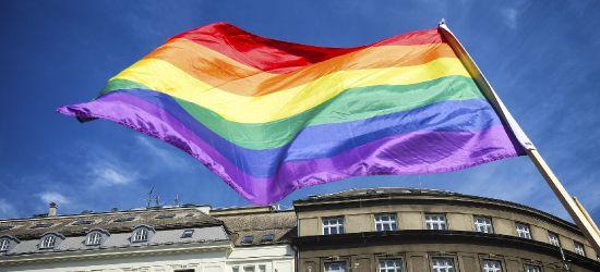 Rzecznik Praw Obywatelskich nie ma zamiaru poddawać się w sprawie uchwał anty-LGBT