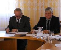 DZISIAJ: Sesja Rady Miejskiej w Zagórzu. Dopłaty do wody i ścieków, zmiany w budżecie oraz strategia rozwoju wsi Mokre