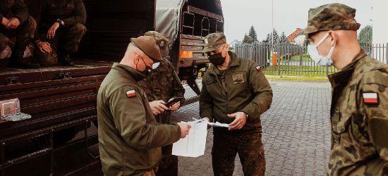 Żołnierze WOT dostarczą 2 miliony maseczek do szpitali na Podkarpaciu